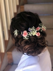 1_hair-flower-crown-delamere-flower-farm-a